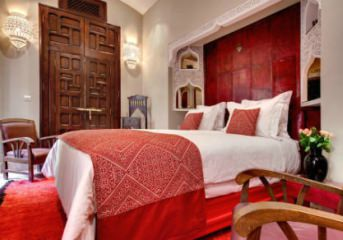5 nights at centrally located 4 or 5-star hotels