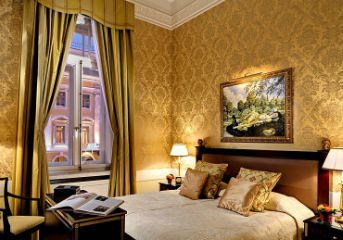 10 nights in centrally-located 5-star hotels
