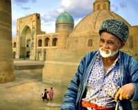 Travel along the ancient Silk Road route in Central Asia
