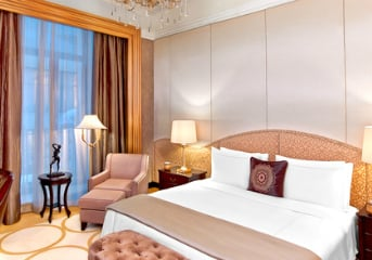 Accommodation at 5-star centrally located hotels
