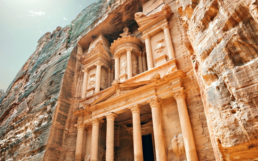 Flamboyant East | Jordan Travel Guide