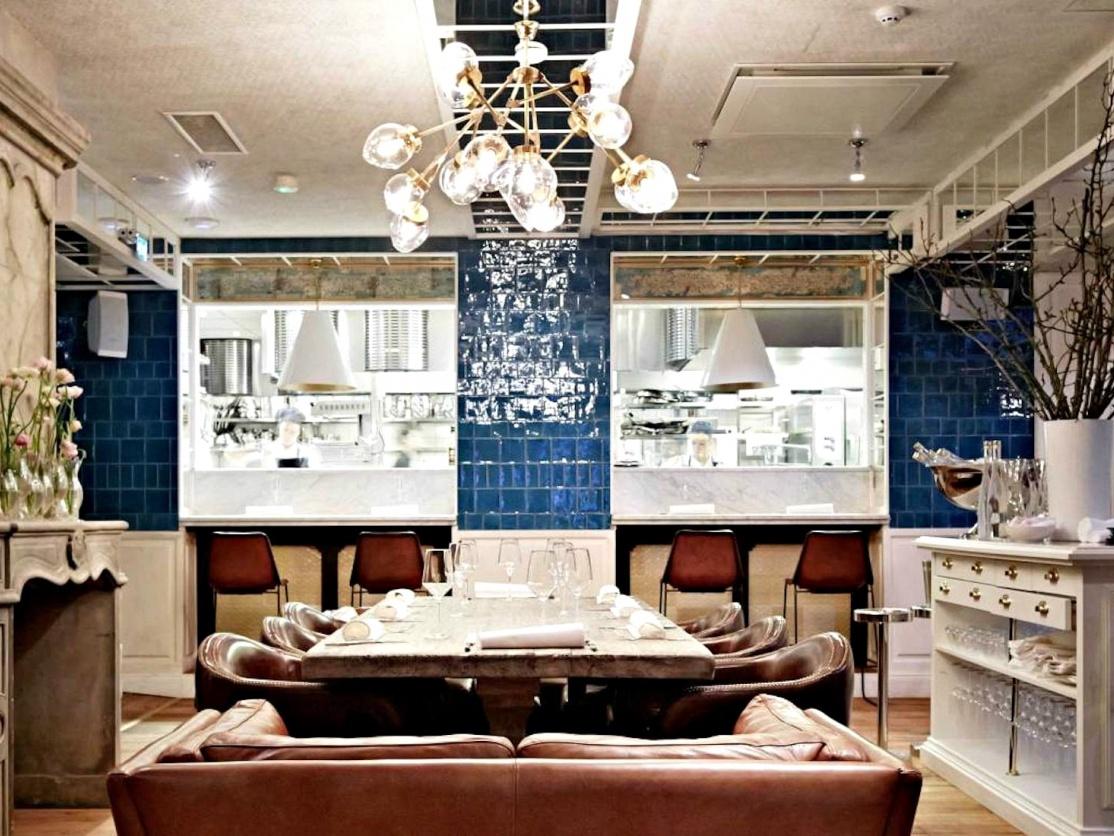 Nosh and Chow Restaurant