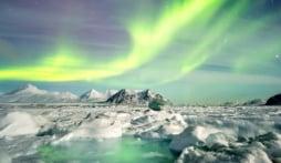 Iceland Northern Lights & Glacier Lagoon Adventure