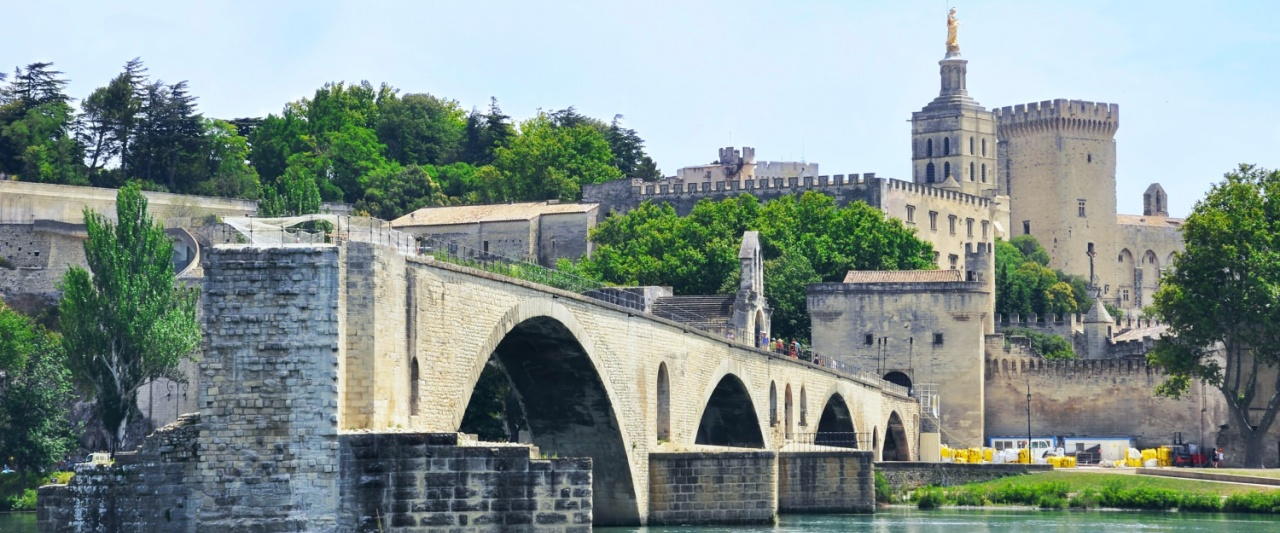 Pont d'Avignon is recognized as a UNESCO World Heritage Site